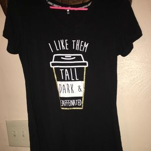 Graphic tee Coffe lovers size Small